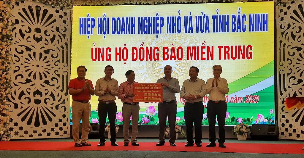 Hiệp hội doanh nghiệp nhỏ và vừa tỉnh Bắc Ninh vận động ủng hộ đồng bào miền Trung