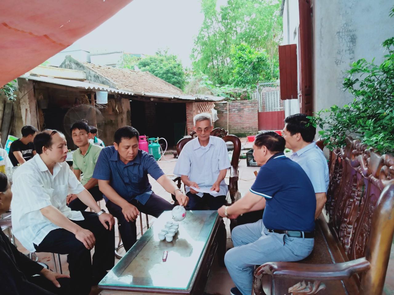 Hiệp hội DNNVV tỉnh Bắc Ninh, động viên gia đình vụ TNGT đặc biệt nghiêm trọng tại Quế Võ