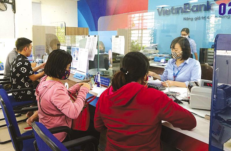 """Việt Nam là quốc gia đang phát triển đầu tiên ở khu vực Châu Á - Thái Bình Dương ký được Hiệp định thương mại tự do với EU. Có được sự  """"đầu tiên"""" này là bởi Việt Nam thể hiện được nhiều tham vọng nhất trong khu vực Châu Á - Thái Bình Dương về thương"""