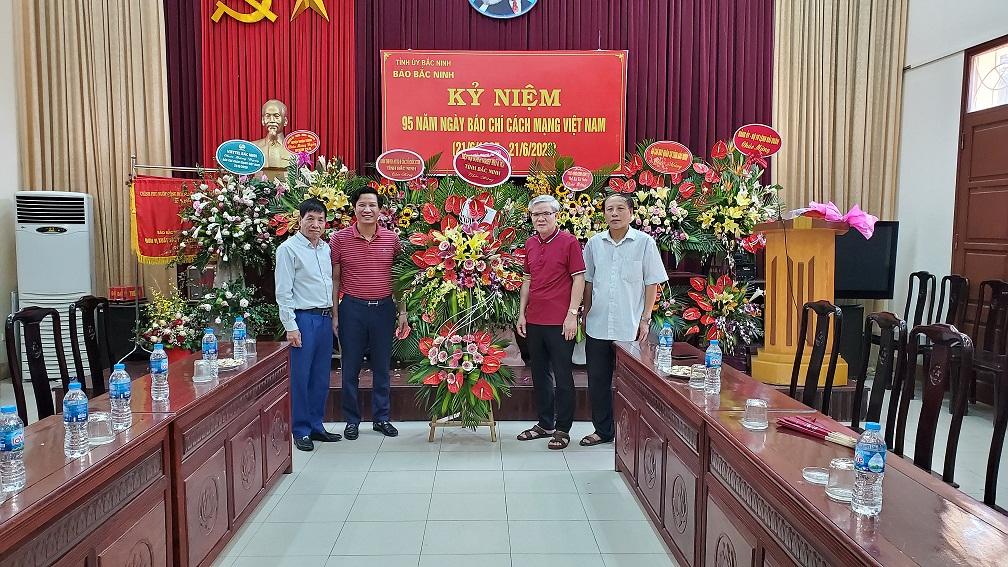 Hiệp hội DNNVV tỉnh Bắc Ninh chúc mừng Báo Bắc Ninh