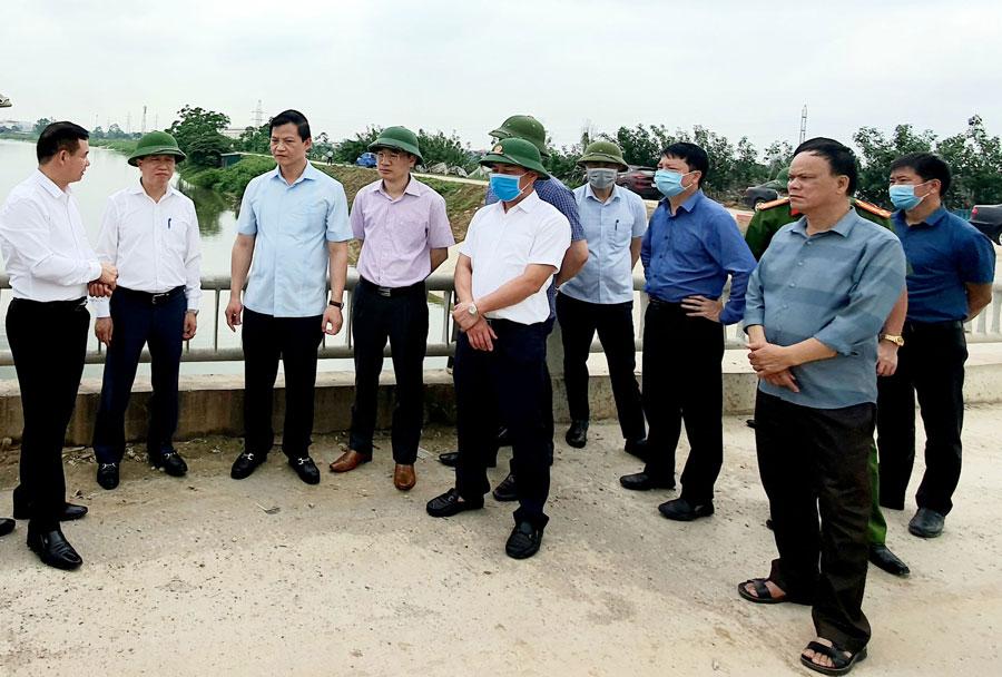 Kiên quyết xử lý dứt điểm vấn nạn ô nhiễm môi trường làng nghề Giấy Phong Khê
